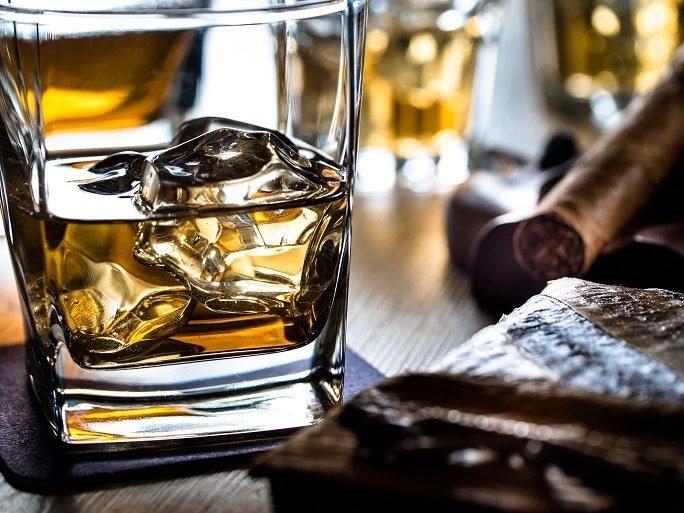 avoid alcohol while having UTI